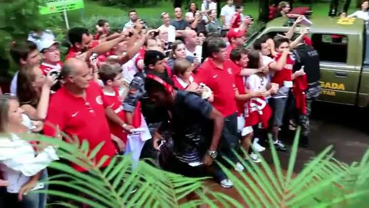 Delegação do Inter é recebida com festa em Ijuí