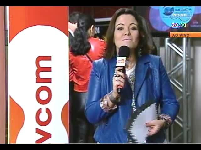 TVCOM Tudo Mais - Entrevista com Zezé Motta e Claudinho Pereira direto da Festa Nacional da Música