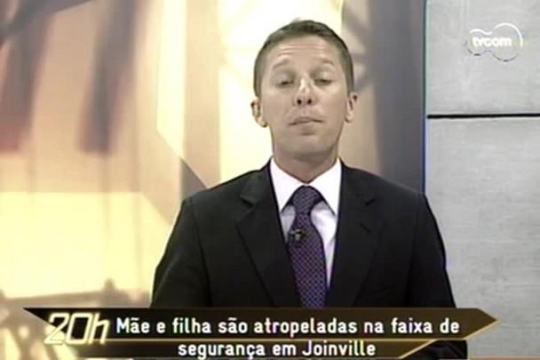 TVCOM 20h - Mãe morre e filha fica gravemente ferida após atropelamento na faixa de pedestre em Joinville - 15.12.14