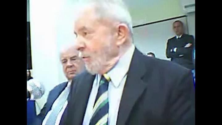 """Lula sobre Delcídio: \""""Ele ficou muito chateado porque eu disse que ele era um imbecil\"""""""