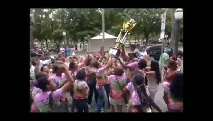 Comemoração da Escola Protegidos da Princesa, campeã do Carnaval de Caxias do Sul