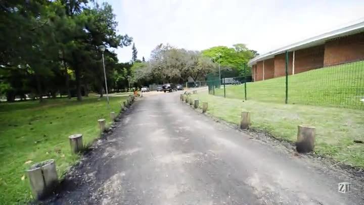 Trecho do Parque da Redencão é asfaltado