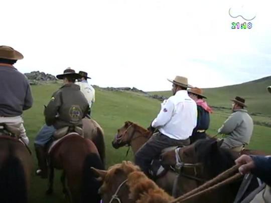 TVCOM Tudo Mais - Cavaleiros da Paz falam sobre a cavalgada de 10 dias na Mongólia