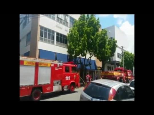 Centro comercial é evacuado após incêndio em Joinville