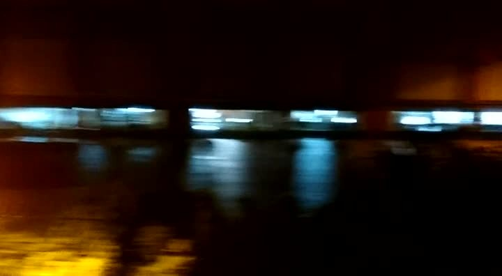 Vídeo da rua Orestes Guimarães embaixo da água