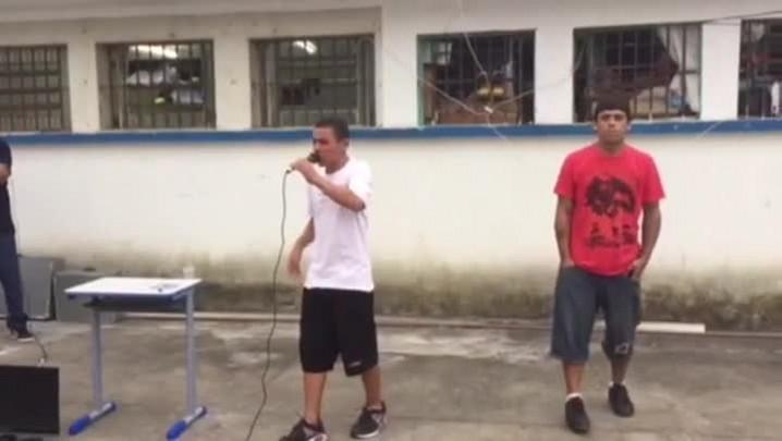 Confira imagens da apresentação dos presos da Penitenciária Industrial de Caxias do Sul