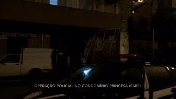 Operação policial busca armas e drogas em condomínio de Porto Alegre