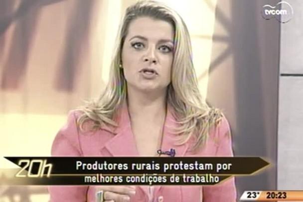 TVCOM 20 Horas - Produtores rurais protestam por melhores condições de trabalho - 21.05.15