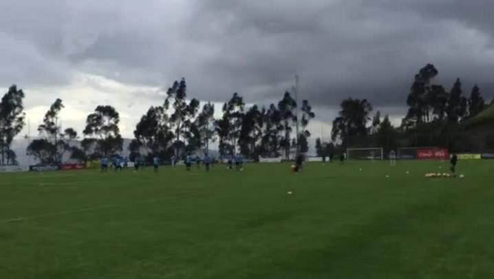 Goleiros do Grêmio se adaptam ao tempo de bola em Quito