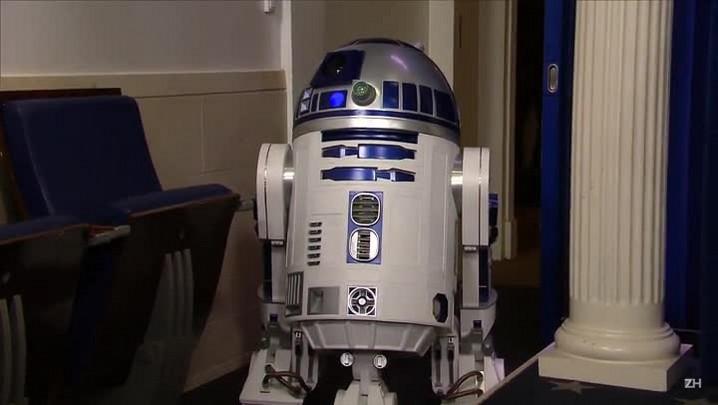 "Morre o ator britânico Kenny Baker, o R2-D2 de \""Star Wars\"""