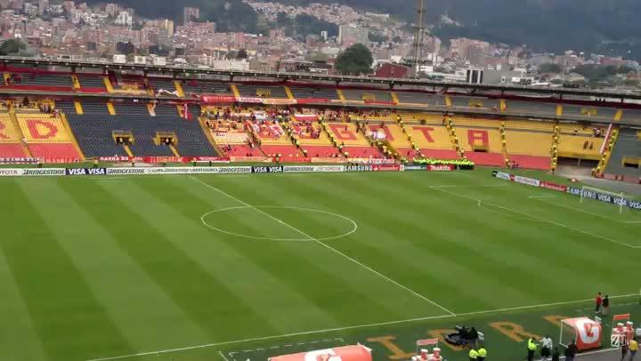 Ambiental do El Campín antes de Santa Fe x Grêmio