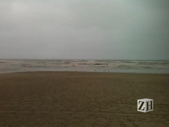 Boletim do tempo: final de semana é de chuva no litoral norte
