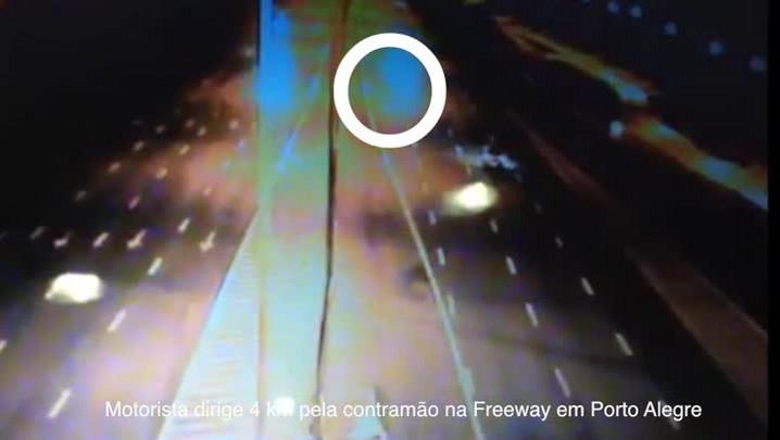 Motorista dirige 4 Km pela contramão na Freeway