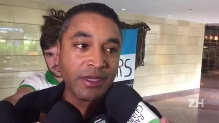 """Roger vê jogo \""""definitivo\"""" do Grêmio contra a LDU"""