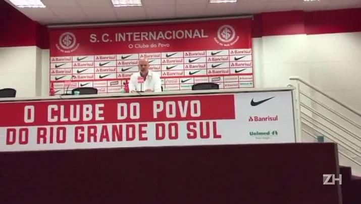 Zago fala sobre evolução do time e D\'Alessandro