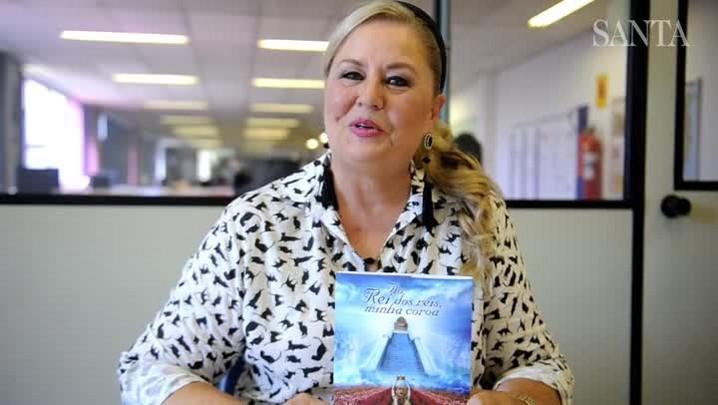 Ingrid Budag, Miss Brasil 1975, convida para lançamento de livro em Blumenau