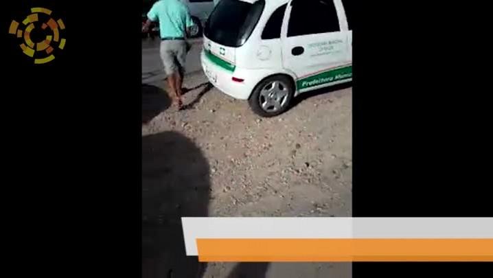 Vídeo mostra ocupantes de carro da prefeitura de Camboriú com produtos saqueados na BR 470