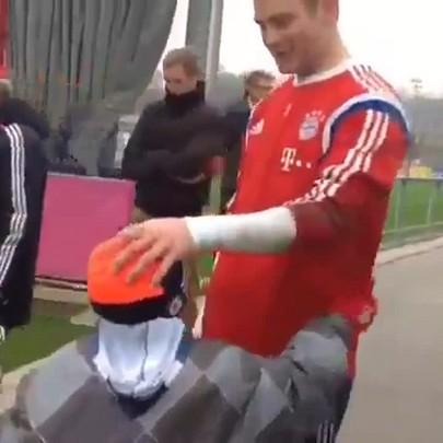 Sonho realizado: menino Getúlio e o reencontro com o goleiro Neuer