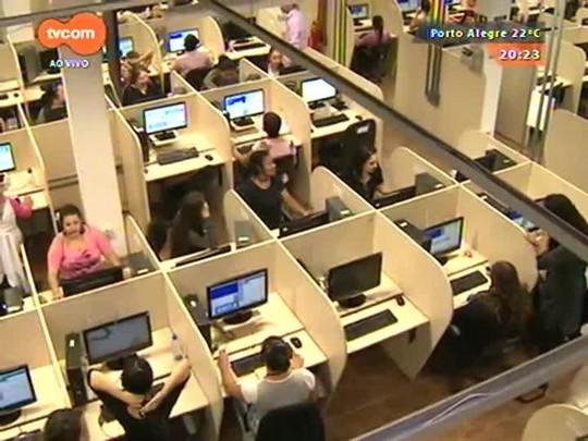 TVCOM 20 Horas - Empresa de call center contratada pela Caixa demite 700 pessoas em Canoas - 16/04/2015