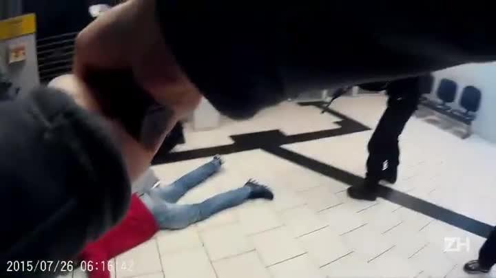 Policiais prendem assaltantes em flagrante em banco de Vale do Sol