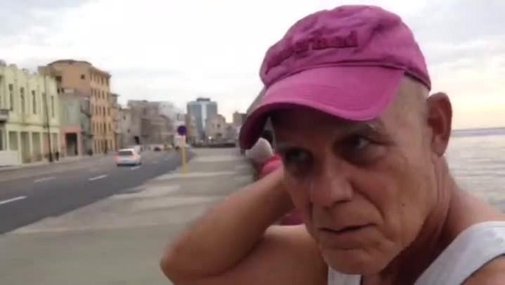 Veja a entrevista com o escritor cubano Pedro Juan Gutierrez