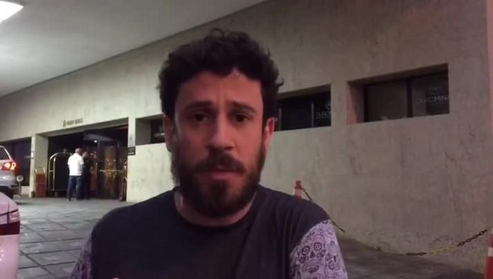 Duda Garbi apresenta hotel onde Grêmio está hospedado