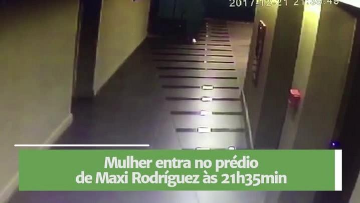 Vídeo mostra mulher deixando prédio de Maxi Rodríguez com sacola