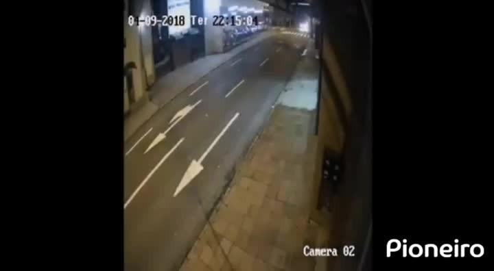 Imagens mostram suspeito de matar taxista em Caxias do Sul