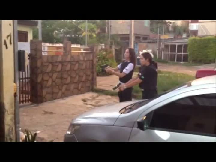 Operação desarticula quadrilha que falsificava e vendia documentos na Região Metropolitana. 12/12/2012