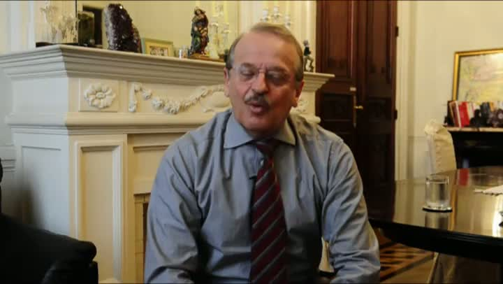 O governador diz que a CEEE precisa se reestruturar para prestar serviços de qualidade ao consumidor