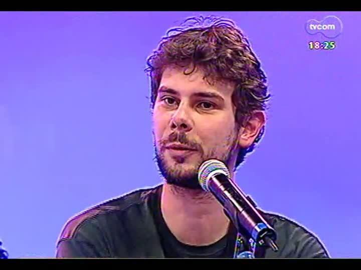 Programa do Roger - Entrevista com a banda Velho Hippie, de Caxias do Sul - bloco 4 - 03/06/2013