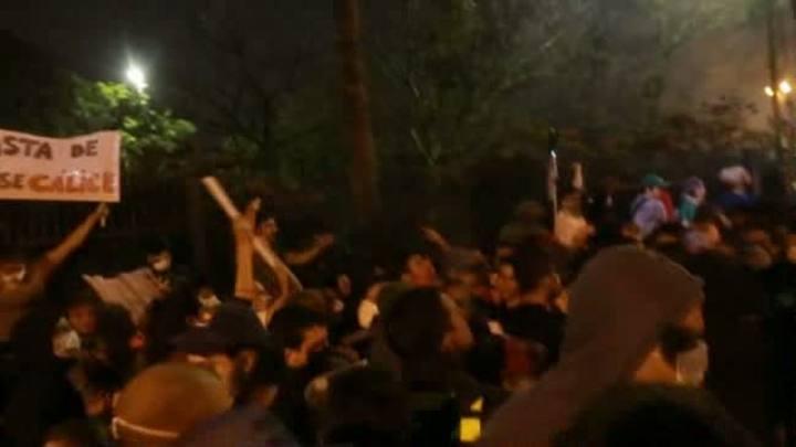 Em São Paulo, manifestantes tentam invadir sede do governo