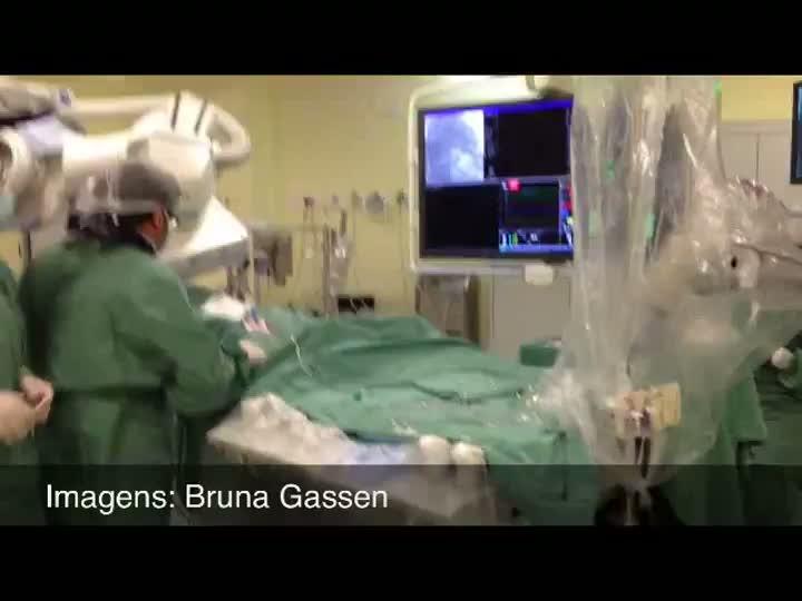 Porto Alegre passa a contar com equipamento de cirurgia cardíaca sem cortes no tórax. 19/07/2013