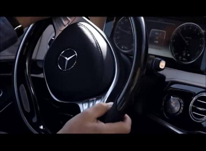 Carros e Motos - Saiba tudo sobre a nova geração Classe S do Mercedes-Benz - Bloco 2 - 15/12/2013