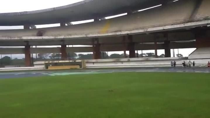 Confira o gramado do Estádio Mangueirão - 10/03/2014