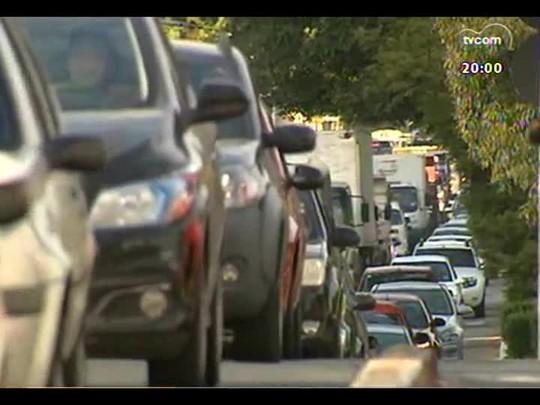 TVCOM 20 Horas - Terça-feira de colapso no trânsito de Porto Alegre - Bloco 1 - 29/04/2014