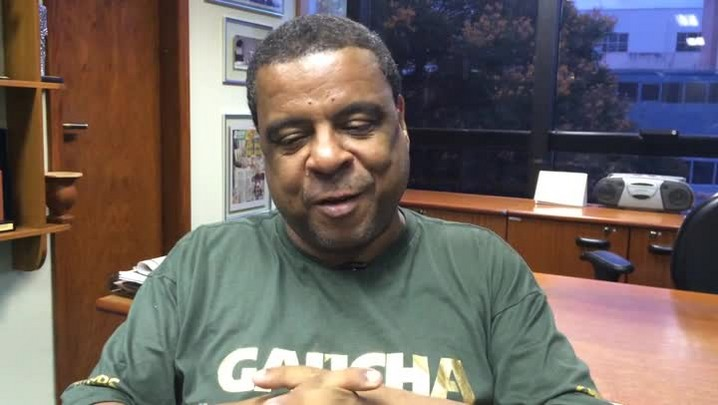 Renato Dorneles: Imperadores do Samba e Bambas da Orgia são as favoritas