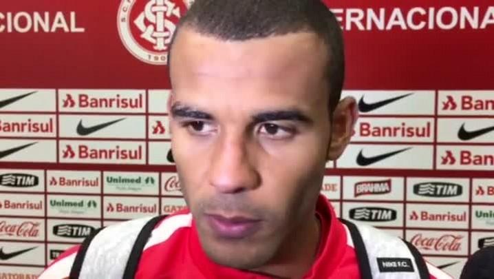 Ernando fala sobre desgaste após empate em casa