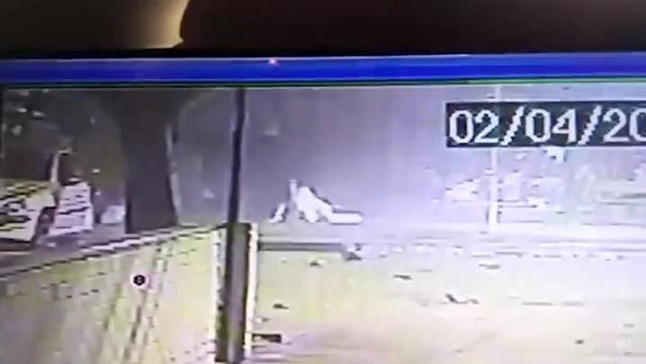 Vídeo mostra atropelamento no Parcão e fuga de motorista