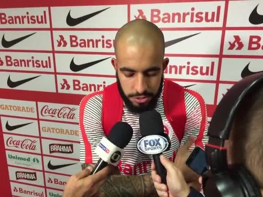 Danilo Fernandes comenta vitória sobre Atlético-PR