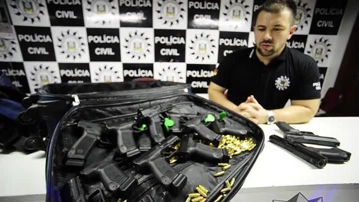 Polícia apreende 13 pistolas e frustra confronto entre facções rivais em Porto Alegre