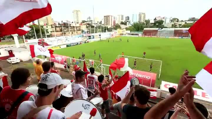 Torcedores do São Luiz participam do treino deste sábado