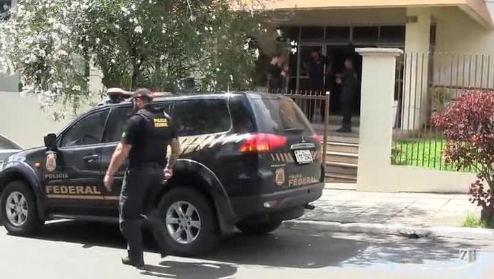PF prende secretários e ex-prefeito de Triunfo em operação contra crime eleitoral