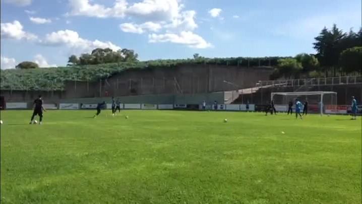 Com desfalques na defesa, Grêmio prepara time para jogo-treino - 20/01/2014