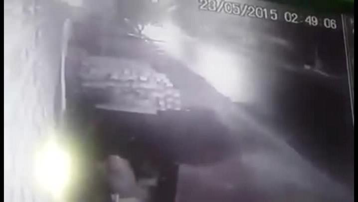 Câmera de segurança registra acidente em Alegrete