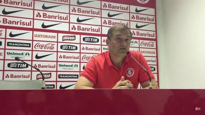 Para encarar o Figueirense, Aguirre aguarda por Nilmar