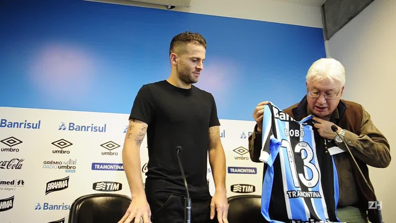 Bobô é o novo dono da camisa 13 do Grêmio