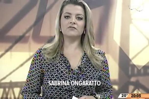 TVCOM 20 Horas - Paciente canta e toca violão durante cirurgia, em Tubarão - 02.06.15