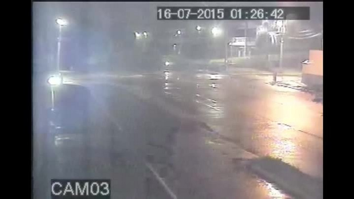 Câmeras mostram movimentação no estacionamento da Arena Joinville