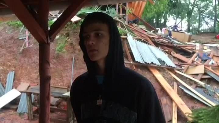 Mãe e filho morrem após árvore cair sobre casa em Rio Pardo